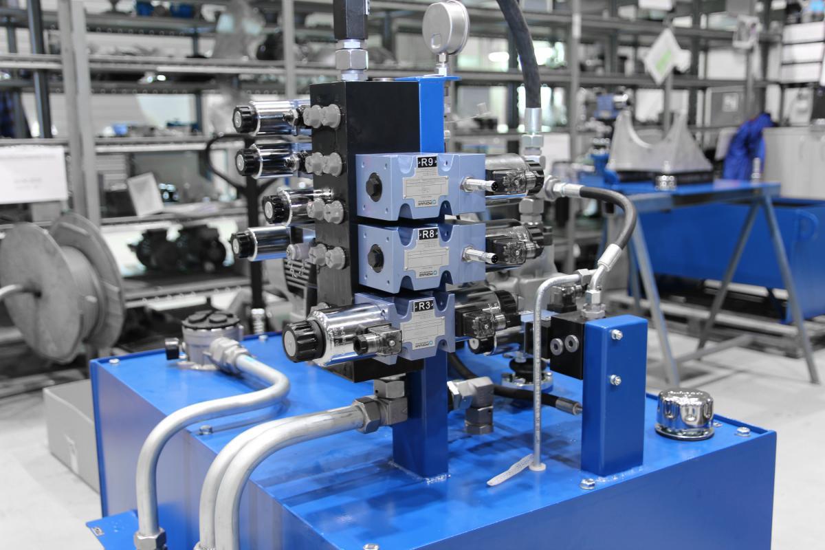 Systemy hydrauliczne - projektowanie, produkcja, montaż