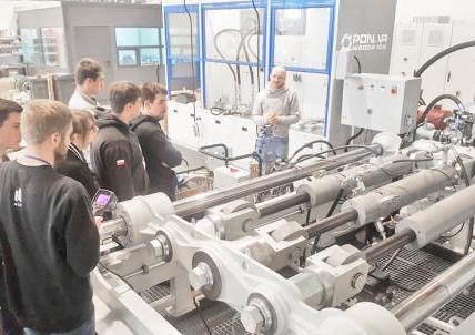 Koło Naukowe Mechaników Górników AGH z wizytą w PONAR